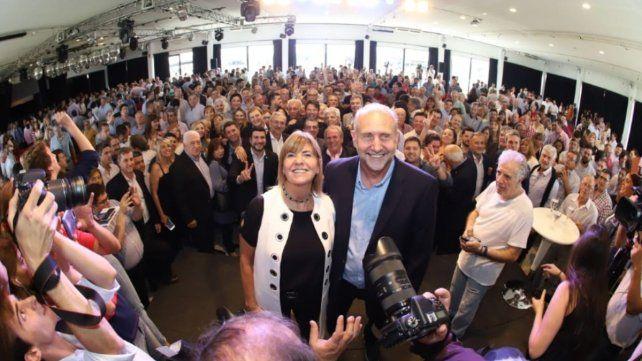 Unidad. El gobernador Omar Perotti y la vice Alejandra Rodenas