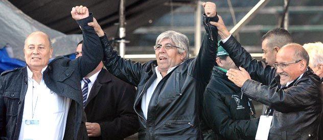 Hugo Moyano culpó al gobierno nacional por la crisis profunda en la provincia de Buenos Aires.