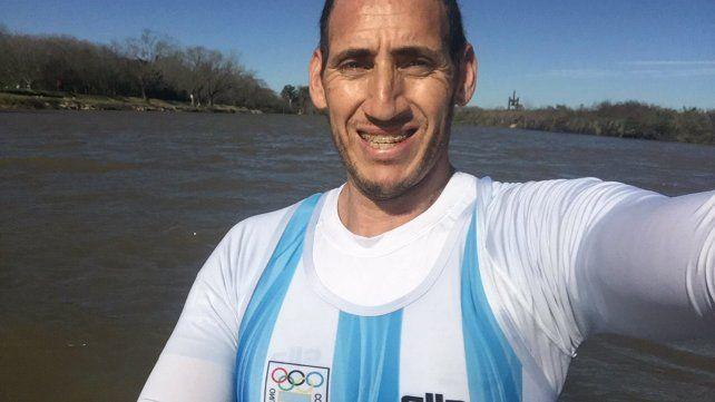 Un remero de la selección argentina entrenó a pesar de la prohibición