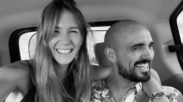 Romance. La foto que Abel publicó junto a su novia el Día de los Enamorados.