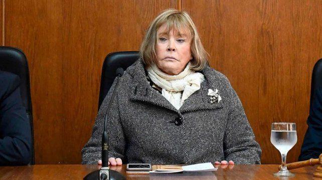 La jueza federal con competencia electoral María Romilda Servini de Cubría debió ser internada en el Sanatorio Otamendi de la Ciudad de Buenos Aires tras el agravamiento de su cuadro de coronavirus Covid-19