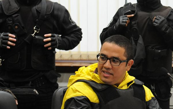 Bajo custodia. Ariel Máximo Cantero la semana pasada en los Tribunales.