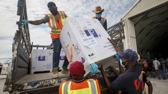 La iniciativa Covax distribuyó vacunas en países africanos como Somalia.