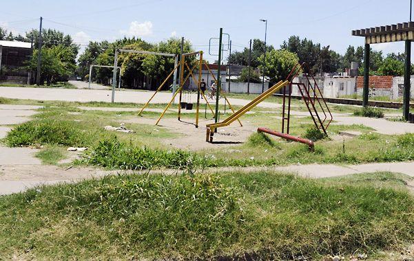 Abandono. La plaza de Bielsa y Magallanes