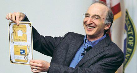 Nobel de Física por descubrir que el Universo se expande más rápido