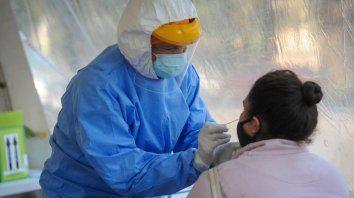 La provincia registró 2.154 nuevos casos de coronavirus y Rosario 760