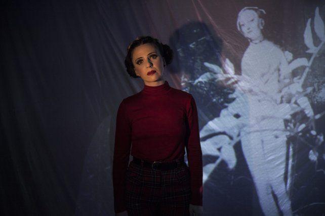 Onírica (inPerfaz), una obra que conjuga teatro, artes plásticas y cine.