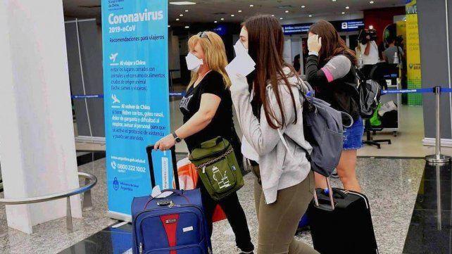 El gobierno nacional publicó un informe especial que desaconseja los viajes al exterior