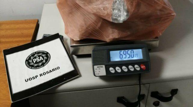 Parte de la marihuana detectada en encomiendas.