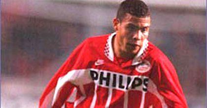El PSV holandés sueña con recuperar a Ronaldo