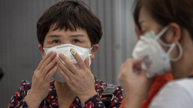Pacientes curados muestran una recaída y dan positivo al virus
