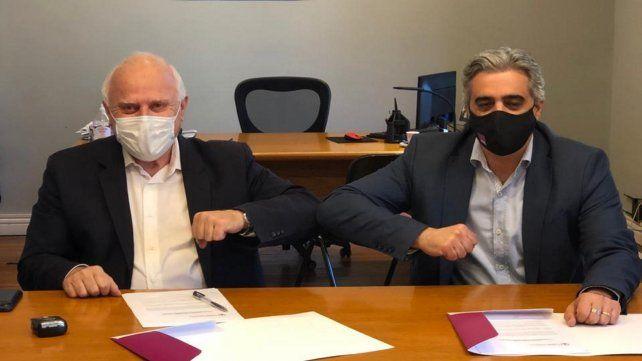 El exgobernador Miguel Lifschitz y el rector de la UNR