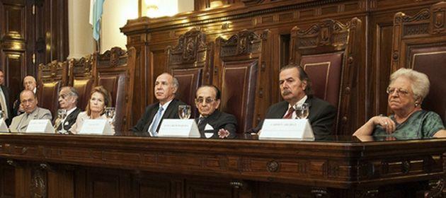 La Corte Suprema de Justicia de la Nación ayer declaró inconstitucional la ley de reforma del Consejo de la Magistratura.