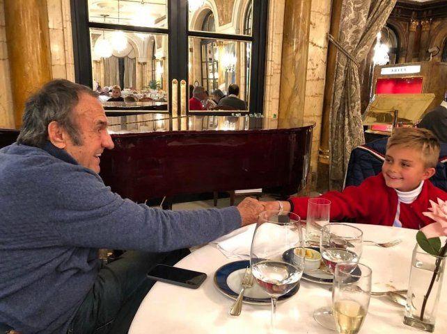 El Lole Reutemann y su nieto