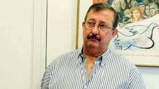 El senador por el departamento Rosario Miguel Cappiello.