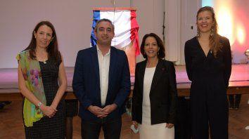 Leticia Bourge , Pablo Javkin, Claudia Scherer Effose y Aurore Jarlang