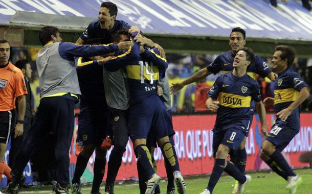 El juvenil Cristian Pavón y Pablo Pérez le dieron forma a la celebrada victoria.