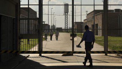 La cárcel de Piñero, de donde se escaparon 8 presos, es una de las que serán recorridas por los funcionarios provinciales y la empresa Invap.