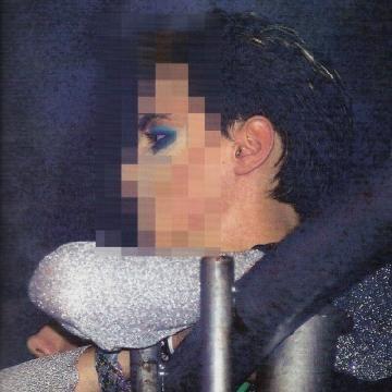 El hijo de Gustavo Cerati debutó como cantante