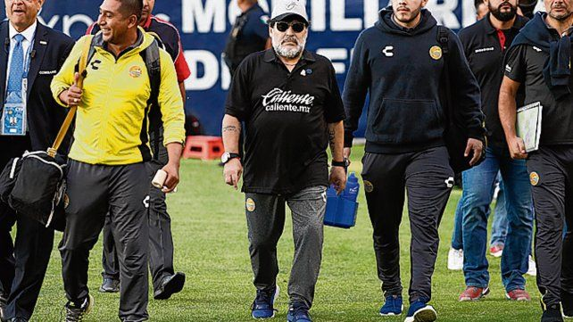Maradona se despidió de Dorados y se dedica a su salud