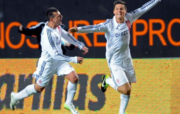 Doblete. Guido Carrillo anotó los dos goles de la gran victoria del Pincha.