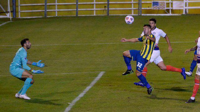Almada define ante San Lorenzo