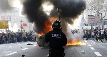 España se paralizó en protesta contra la drástica reforma laboral