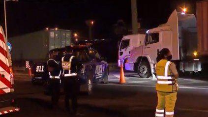 Un hombre que fue atropellado en Circunvalación está grave: hay caos y demoras en el tránsito