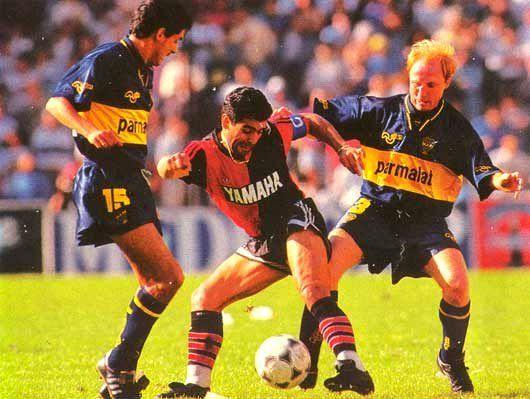 Maradona con la camiseta de Newell