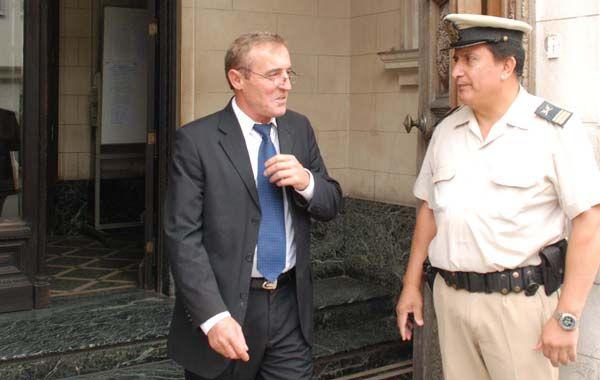El ex jefe de la policía santafesina se encuentra procesado por la justicia federal.
