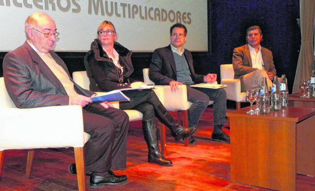 nueva ley. Durante las jornadas que se realizaron en Rosario volvió a instalarse el debate sobre la necesidad de consensuar una nueva legislación para el uso de semillas en la Argentina que aún sigue pendiente.