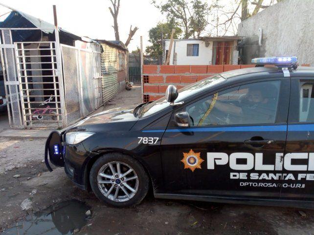 La mujer denunció amenazas y esta tarde le pusieron un patrullero en su casa.
