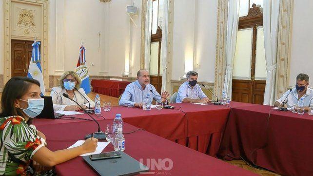 el-gobernador-junto-intendentes-y-presidentes-comunales-avanzan-el-operativo-vacunacion-contra-el-co