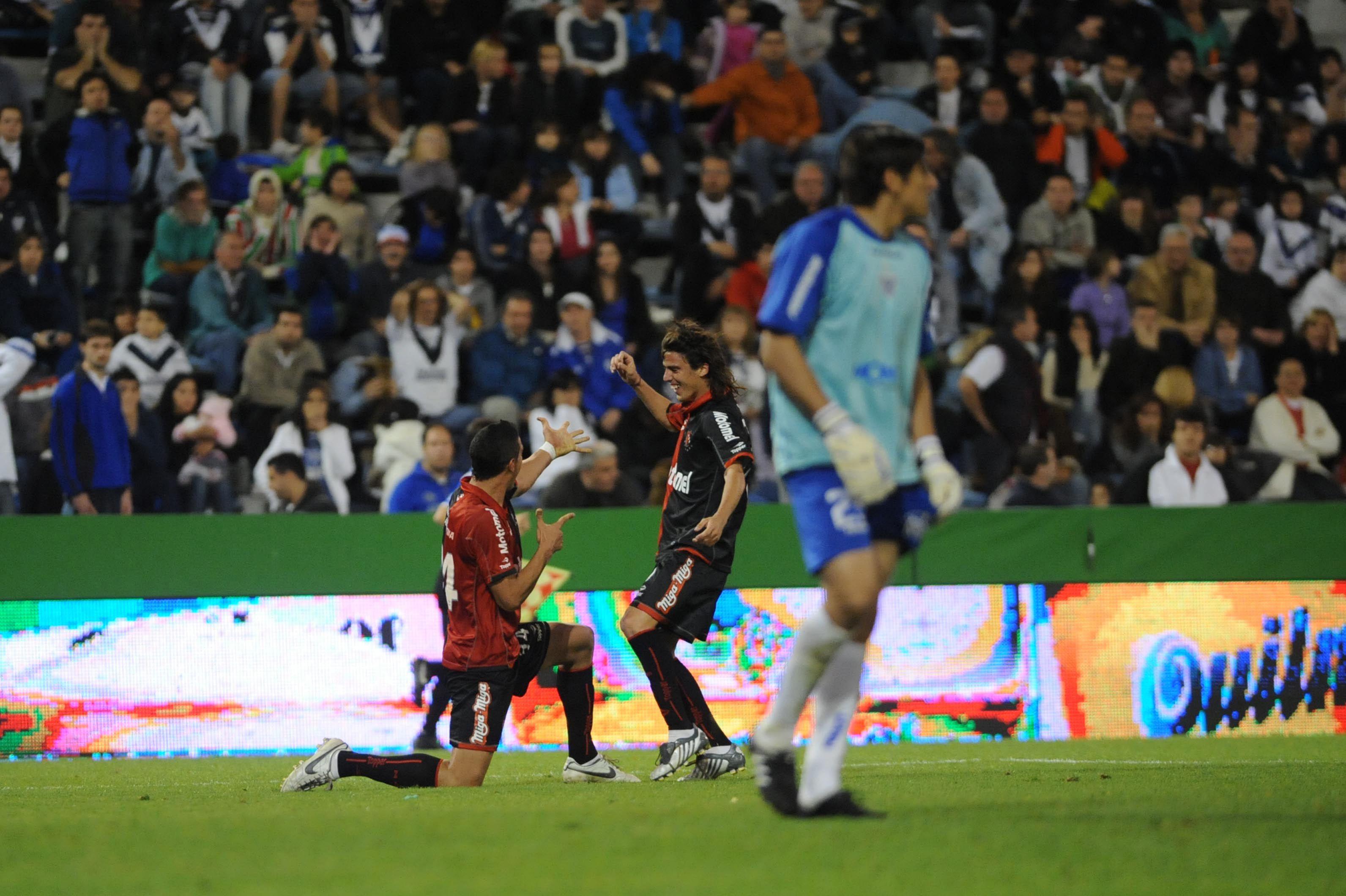 Newells bajó a Vélez en Liniers con gran actuación de Boghossian y ya es candidato
