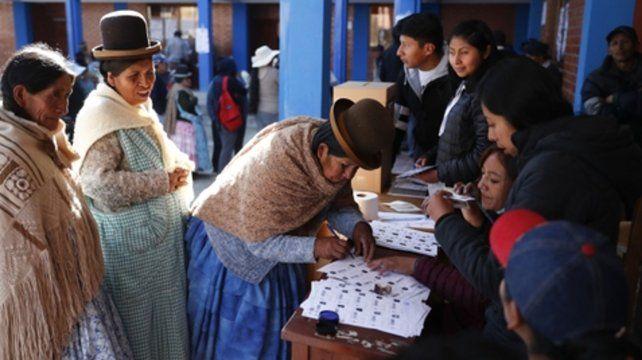 Sufragio. Los bolivianos somos ciudadanos altamente democráticos.