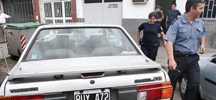 Asesinaron de un disparo a una  mujer mientras conducía su auto