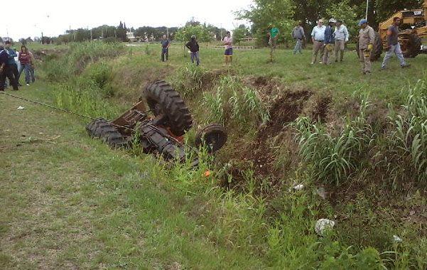 Trágico deceso. El 11 de noviembre pasado Leopoldo Zavala murió al caer con su tractor en el canal Candelaria.