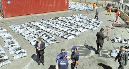 Hallaron 450 kilos de cocaína en un contenedor cargado con carbón