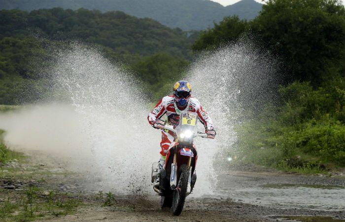 El español Barreda sigue liderando la tabla general de la competencia de motos. (AP)