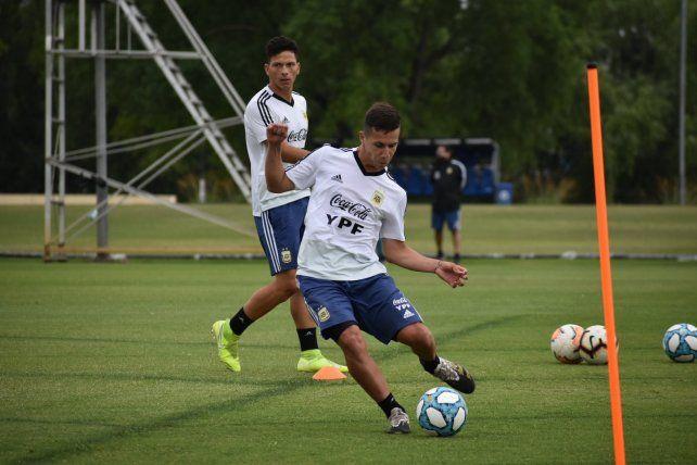 Panchito González se lesionó en el seleccionado juvenil. Ayer lo operaron de la rodilla.