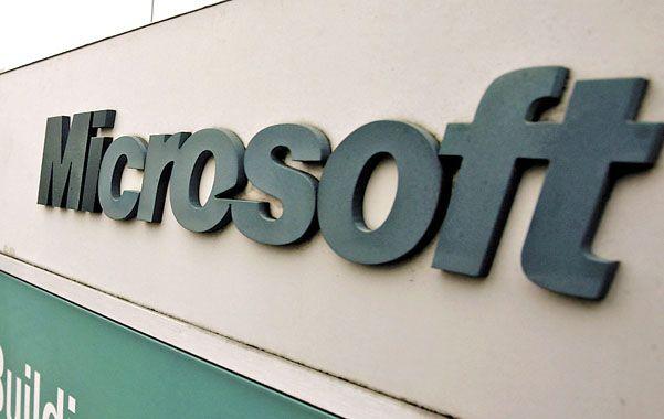 Mala imagen. Microsoft trabajó junto al FBI para que este eluda la encriptación de datos diseñado por la propia firma.