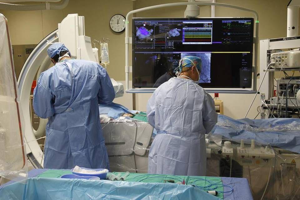 Hay equipo. El cateterismo cerebral va camino a ser una intervención más común. El paciente debe llegar a tiempo.