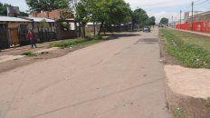 La calle Qom, límite entre dos sectores del barrio donde ocurrió el crimen.