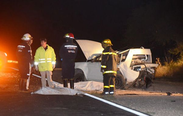 ruta 35. Las víctimas habrían tapado las luces traseras al empujar el auto.