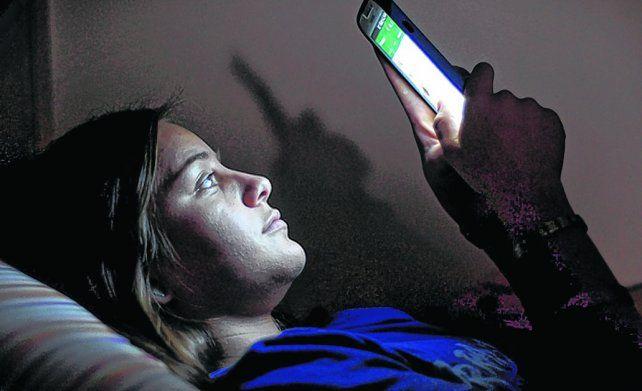 Lo ideal es que dos horas antes los chicos se desconecten de los dispositivos.