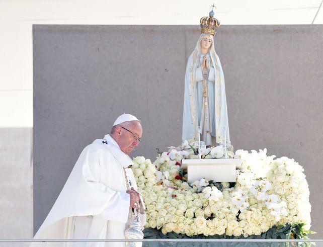 El Papa canoniza a Francisco y Jacinta, dos de los pastorcitos de Fátima