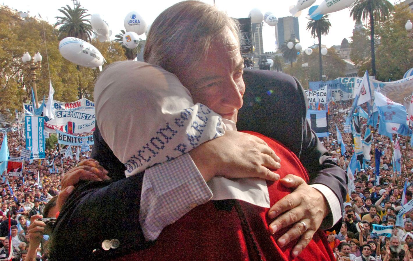 Néstor Kirchner fue el primer presidente en abrir la Casa Rosada a Madres y Abuelas y materializar tres décadas de lucha de los organismos de derechos humanos.