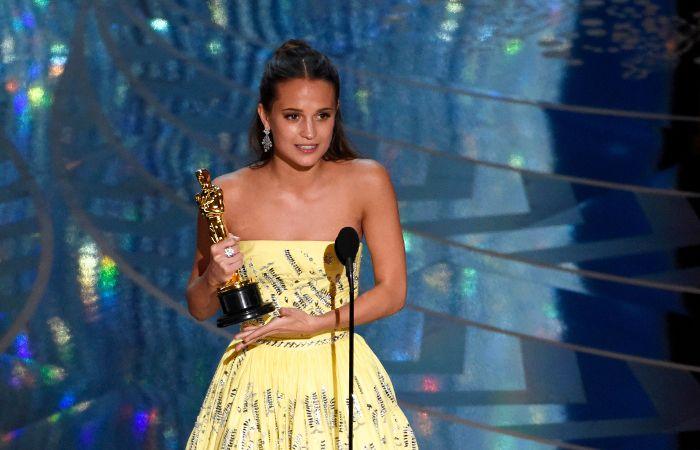 Alicia Viklander se alzó con la estatuilla a mejor actriz de reparto por La chica danesa.