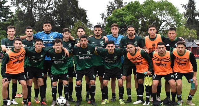 El equipo de barrio Ludueña. Social Lux realizó  una notable campaña y ahora quiere el título de la Primera A.