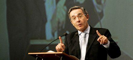El gobierno colombiano negó haber sobornado a congresistas